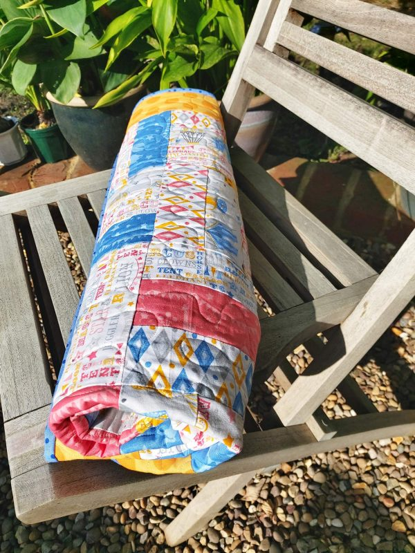 Handmade quilt Circus rail fence rolled full