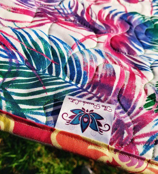 Handmade quilt Little star blue border label close-up back